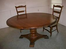 Henredon Castellina Collection Dining Room Table